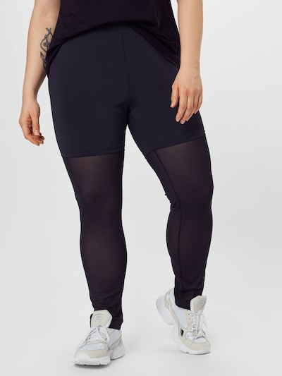 Urban Classics Curvy Leggings in de kleur Zwart, Modelweergave