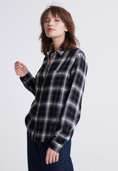 Superdry Bluse in schwarz / weiß, Modelansicht