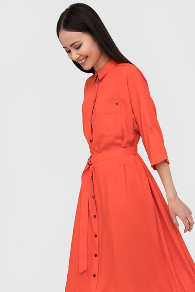 Finn Flare Blusenkleid in orange, Modelansicht