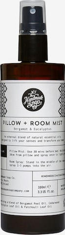 The Handmade Soap Room Scent in White
