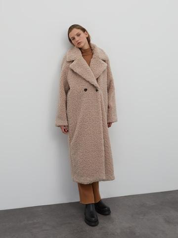 EDITED Between-Seasons Coat 'Manuela' in Brown
