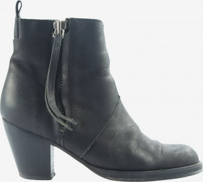 Acne Studios Dress Boots in 36 in Black, Item view