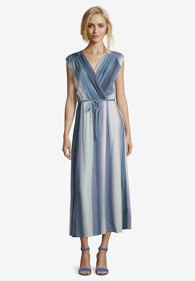 Betty & Co Streifenkleid mit Gummizug in hellblau / dunkelblau, Modelansicht