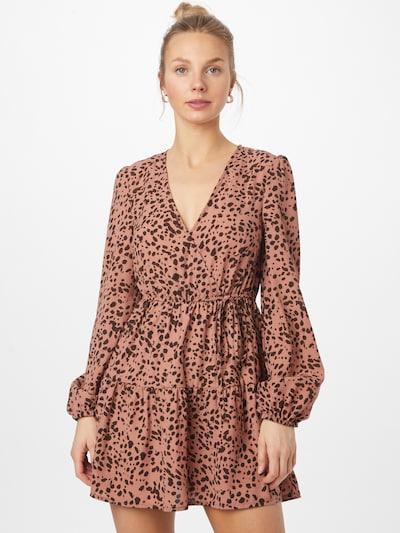 Missguided Šaty - pastelovo červená / čierna, Model/-ka