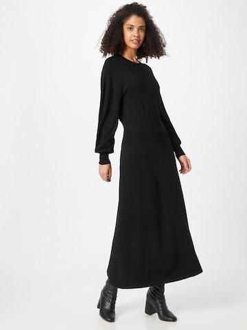 InWear Pletené šaty 'Tivo' - Čierna