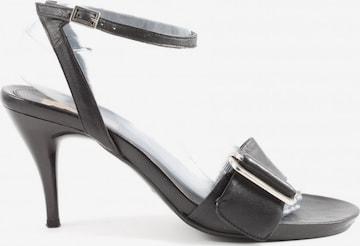 van der Laan Sandals & High-Heeled Sandals in 40 in Black