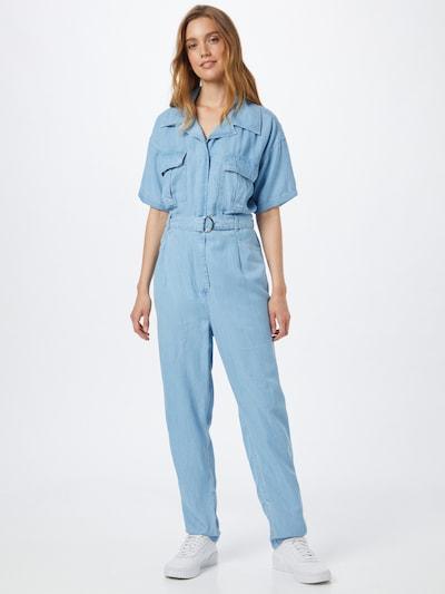 GUESS Jumpsuit in de kleur Lichtblauw, Modelweergave