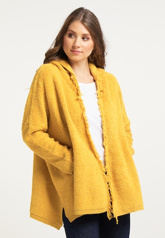 IZIA Knitted Coat in Yellow