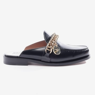 Givenchy Flats & Loafers in 36,5 in Black