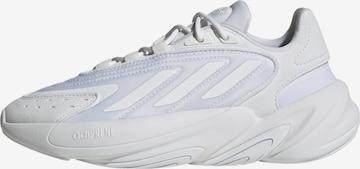 ADIDAS ORIGINALS Sneaker 'Ozelia' in Weiß