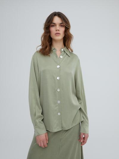 Bluză 'Ramona' EDITED pe verde, Vizualizare model