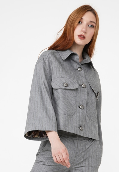 Madam-T Blazer 'SOFI' in grau, Modelansicht