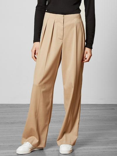 Aligne Pantalon 'Aislyn' en beige, Vue avec modèle