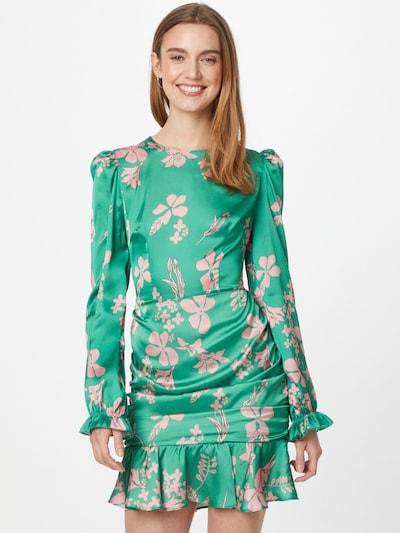 Trendyol Kleid in grün / altrosa, Modelansicht