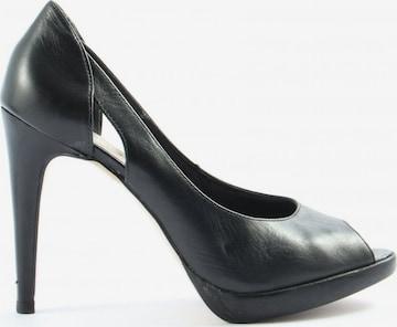 VIA UNO High Heels & Pumps in 39 in Black