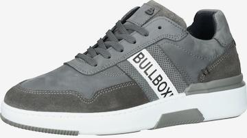 BULLBOXER Sneaker in Grau