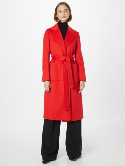 Palton de primăvară-toamnă 'RUNAWAY' MAX&Co. pe roșu neon, Vizualizare model