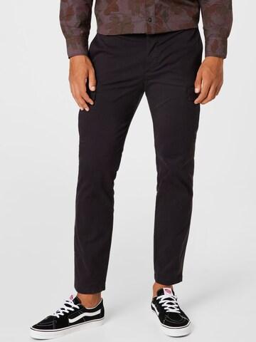 Pantaloni cu buzunare de la UNITED COLORS OF BENETTON pe negru