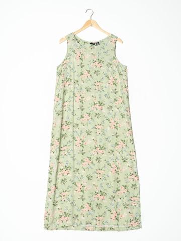 Erika Dress in M-L in Green