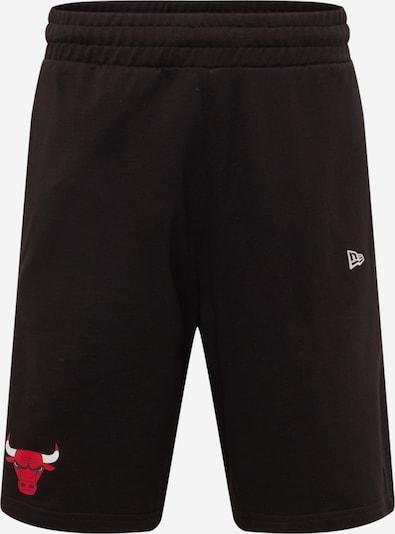 NEW ERA Shorts in hellrot / schwarz / weiß, Produktansicht