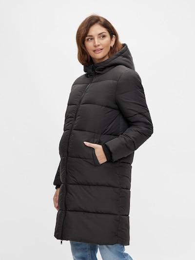 Pieces Maternity Winter Coat 'Bee' in Black, View model