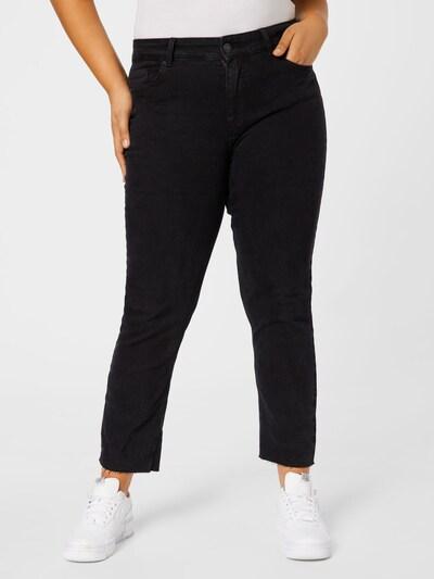 PIECES Curve Jeans 'LUNA' in black denim, Modelansicht