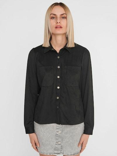 Noisy may Bluse in schwarz, Modelansicht