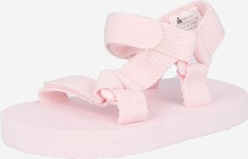 Sandale de la GAP pe roz