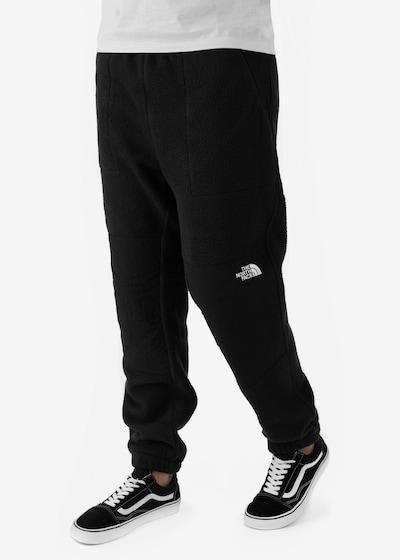THE NORTH FACE Sportbroek 'Denali' in de kleur Zwart, Modelweergave