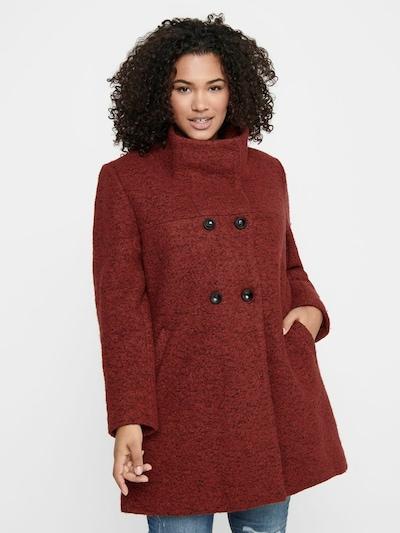 Rudeninis-žieminis paltas iš ONLY Carmakoma , spalva - raudona, Modelio vaizdas