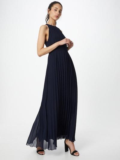 APART Abendkleid aus plissiertem Chiffon in nachtblau, Modelansicht