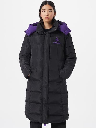 VIERVIER Wintermantel 'Josefin' in de kleur Zwart, Modelweergave