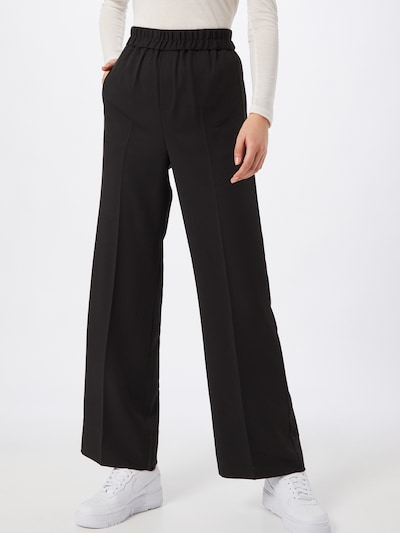 InWear Trousers with creases in black, View model