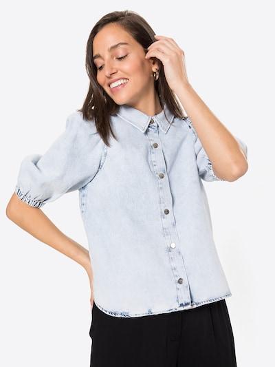 Gina Tricot Bluse in hellblau, Modelansicht