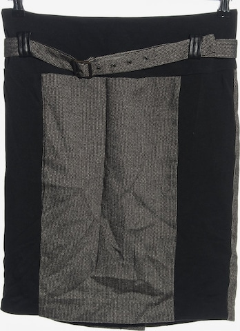 Mandarin Skirt in XL in Black