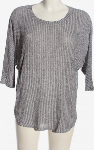 BDG Urban Outfitters Top & Shirt in S in Grey