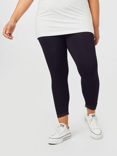 KAFFE CURVE Leggings 'Sveliana' in schwarz, Modelansicht
