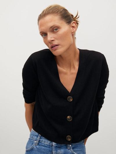 MANGO Strickjacke in schwarz, Modelansicht