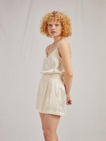 A LOT LESS Hose 'Valentina' in Weiß