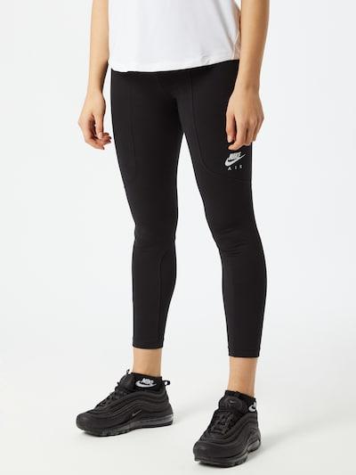 Leggings Nike Sportswear pe negru, Vizualizare model