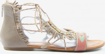 JESSICA SIMPSON Sandals & High-Heeled Sandals in 39,5 in Beige
