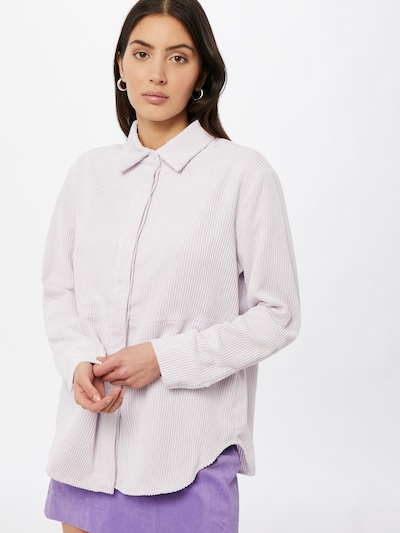 Gina Tricot Blouse 'Cory' in de kleur Pastellila, Modelweergave