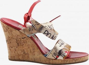 Gianfranco Ferré Sandals & High-Heeled Sandals in 36 in Beige