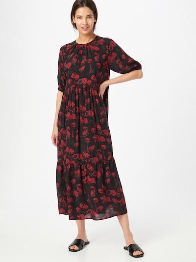 NA-KD Kleid in pastellblau / weinrot / dunkelrot / schwarz, Modelansicht