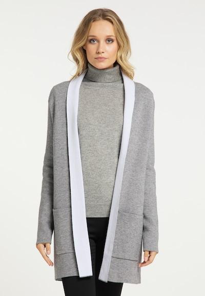 DreiMaster Klassik Strickjacke in grau / weiß, Modelansicht