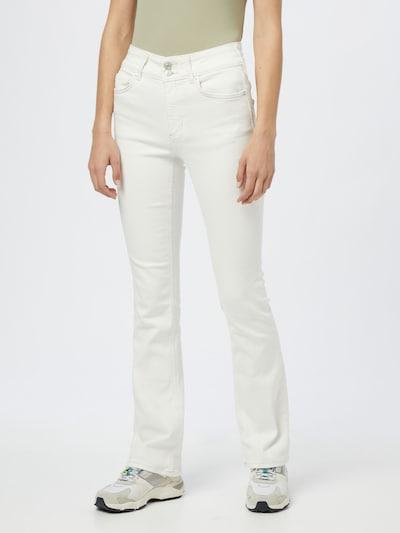 Džinsai 'SHAYLA' iš Free People, spalva – balto džinso spalva, Modelio vaizdas