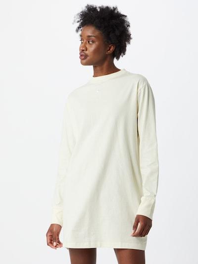 Abito 'Essential' Nike Sportswear di colore bianco, Visualizzazione modelli