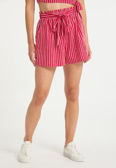MYMO Shorts in rot / weiß, Modelansicht