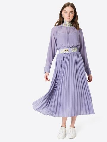 DELICATELOVE Sukienka koszulowa 'LALA' w kolorze niebieski