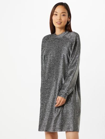 ICHI Kleid in silbergrau, Modelansicht
